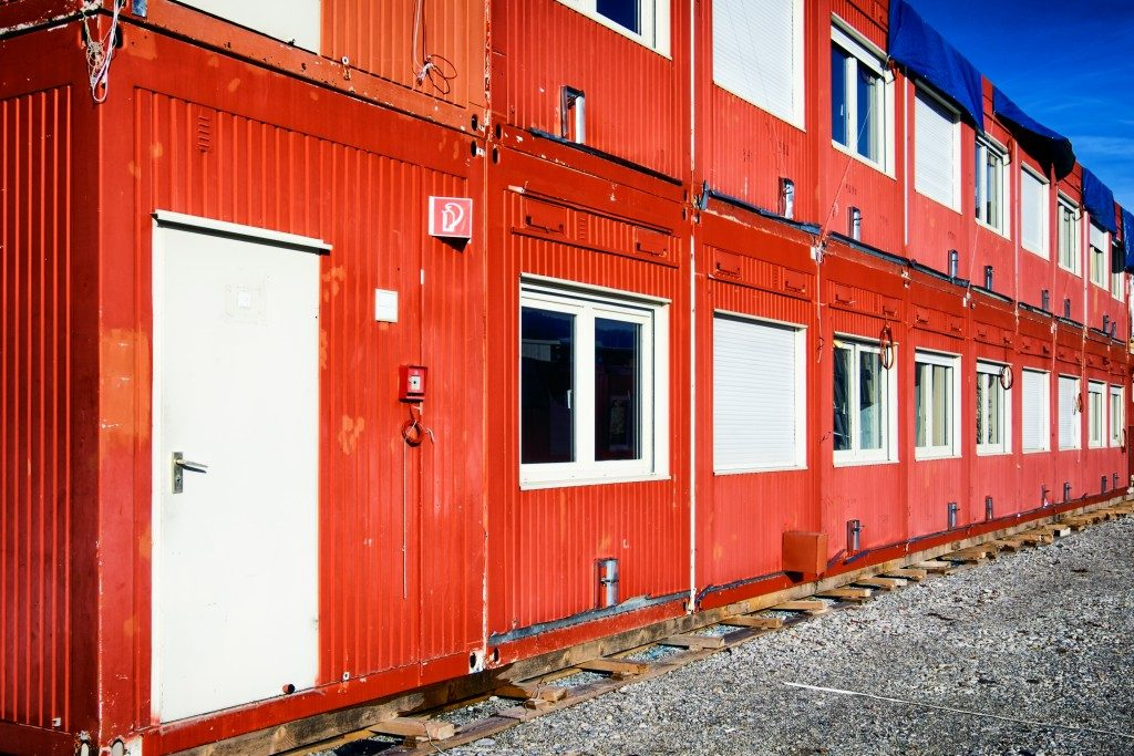 red home container